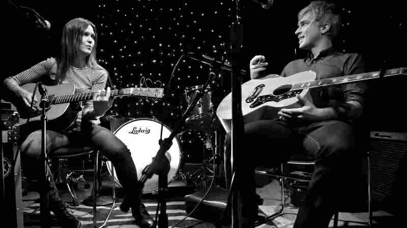 Juliana Hatfield and Matthew Caws perform live on KEXP.