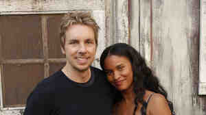 In Parenthood, Dax Shepard plays Crosby, whose wife, Jasmine, is played by Joy Bryant. Their son is Jabbar (Tyree Brown).