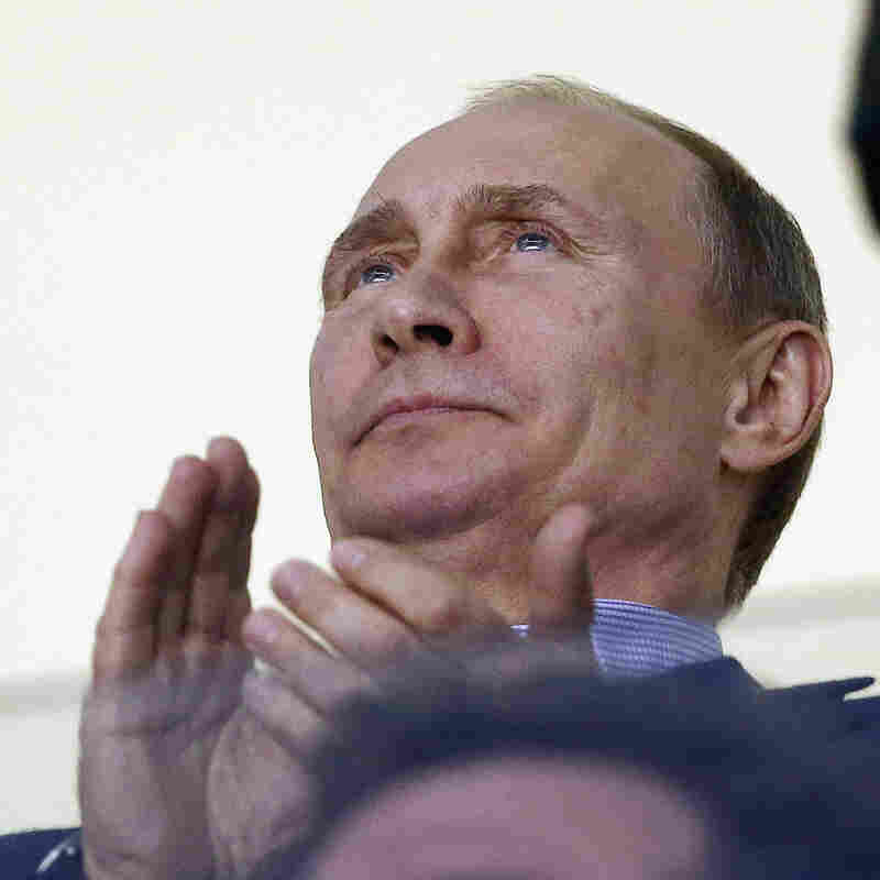 U.S. Men's Ice Hockey Beats Russia In Preliminary Round