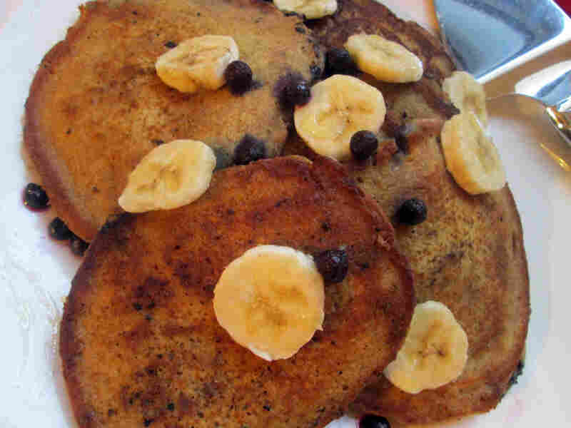 Whole Wheat Blueberry Banana Pancakes