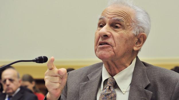 Holocaust survivor Leo Bretholz's Change.org petition has more than 107,000 signatures. (AFP/Getty Images)