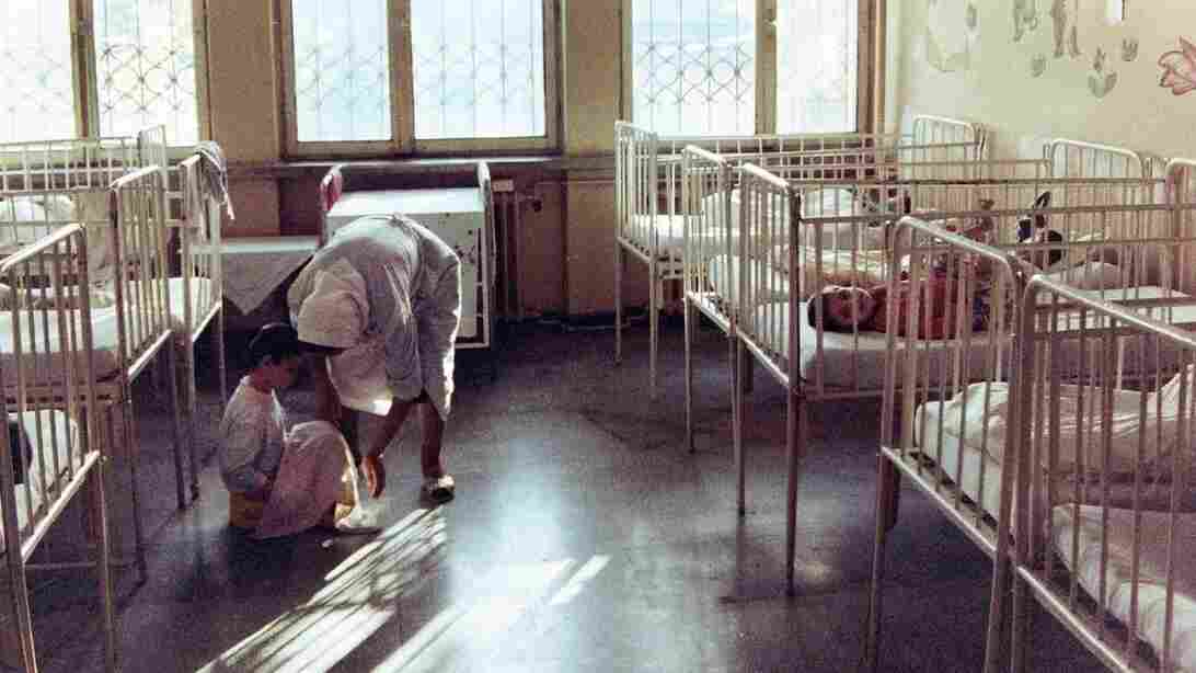 In the Institute for the Unsalvageable in Sighetu Marmatiei, Romania, shown here in 1992, children were left in cribs for days on end.