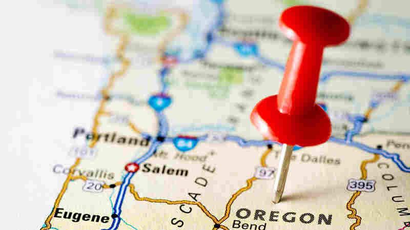Oregon's road to health coverage continues to be bumpy; the website for the state's health insurance marketplace still isn't fully open to consumers.