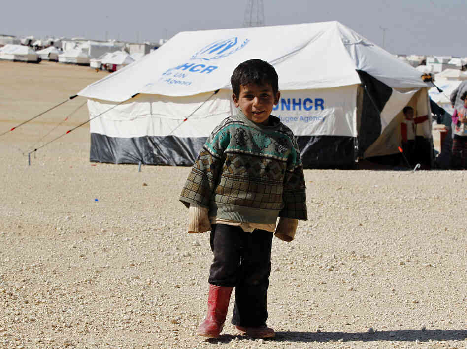 A Syrian refugee boy s