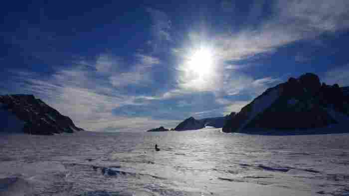 Explorers' Aim For Perilous Polar Trek: 'Get Home In One Piece'