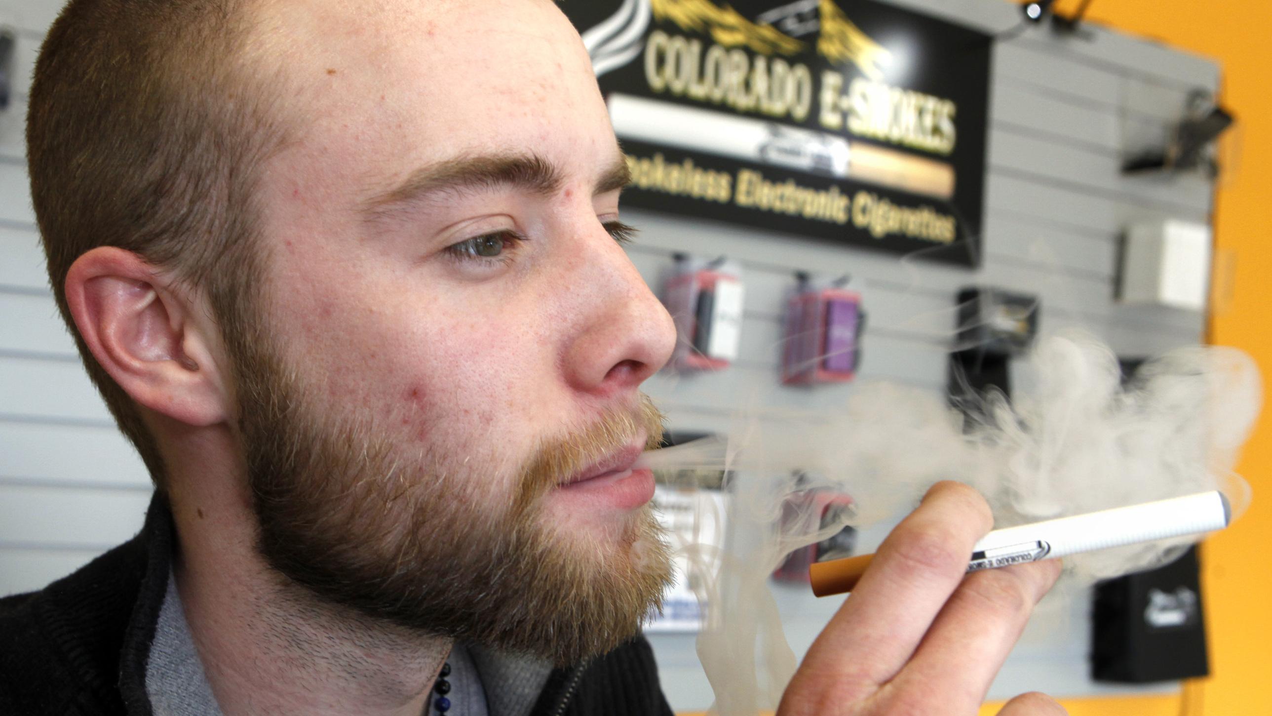 Lobbyists Amp Up Efforts To Sell Washington On E-Cigarettes