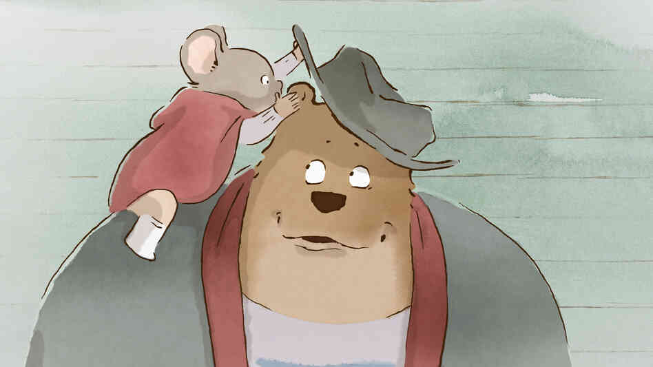 A bear named Ernest, voiced by Forest Whitaker, befriends the young mouse Celestine, voiced by Mackenzie Foy, even though their societies forbid it.
