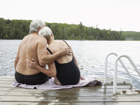 A Strong Sex Life Helps Couples Cope With The Trials Of Aging