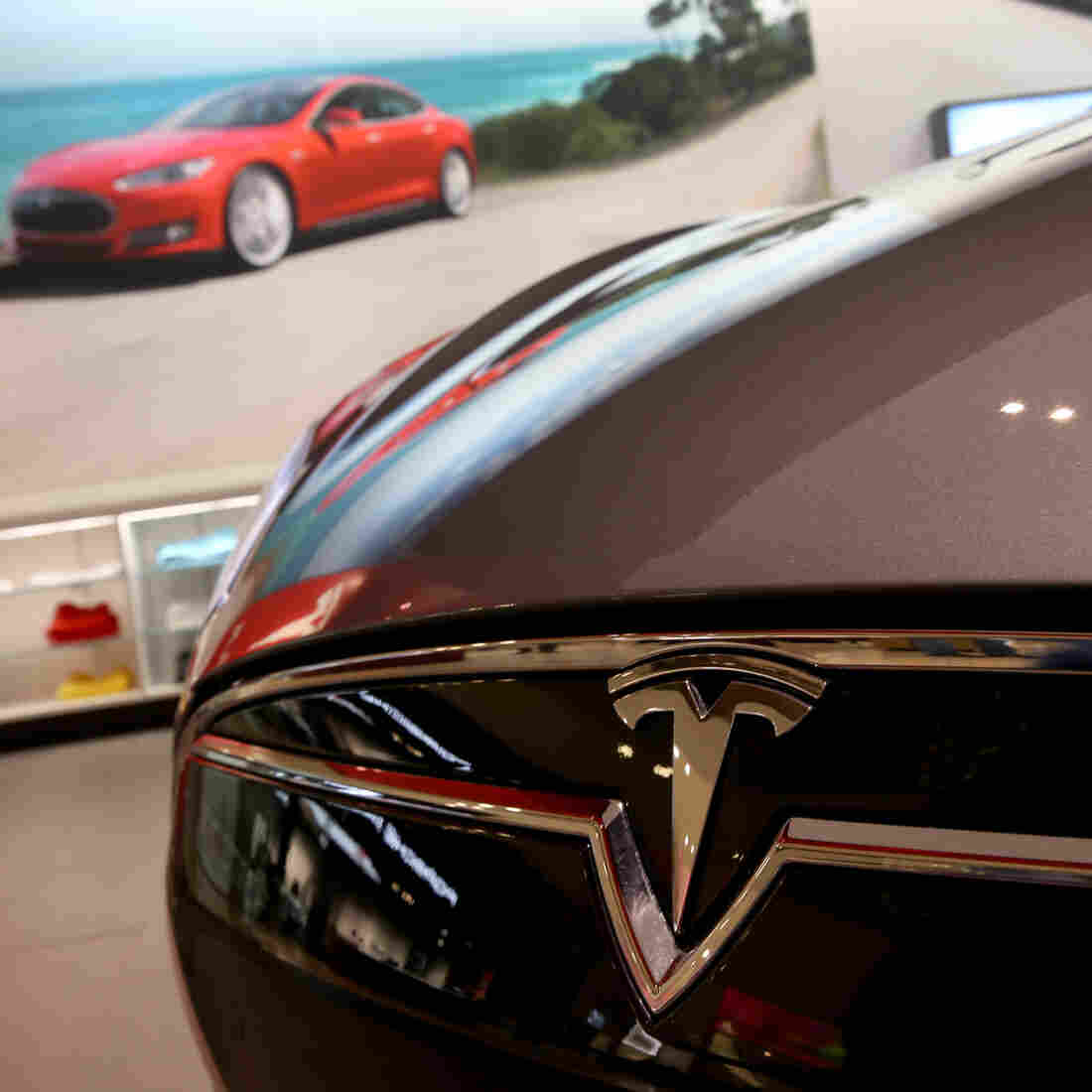 Any Way It's Measured, Tesla's $5B 'Gigafactory' Is Huge