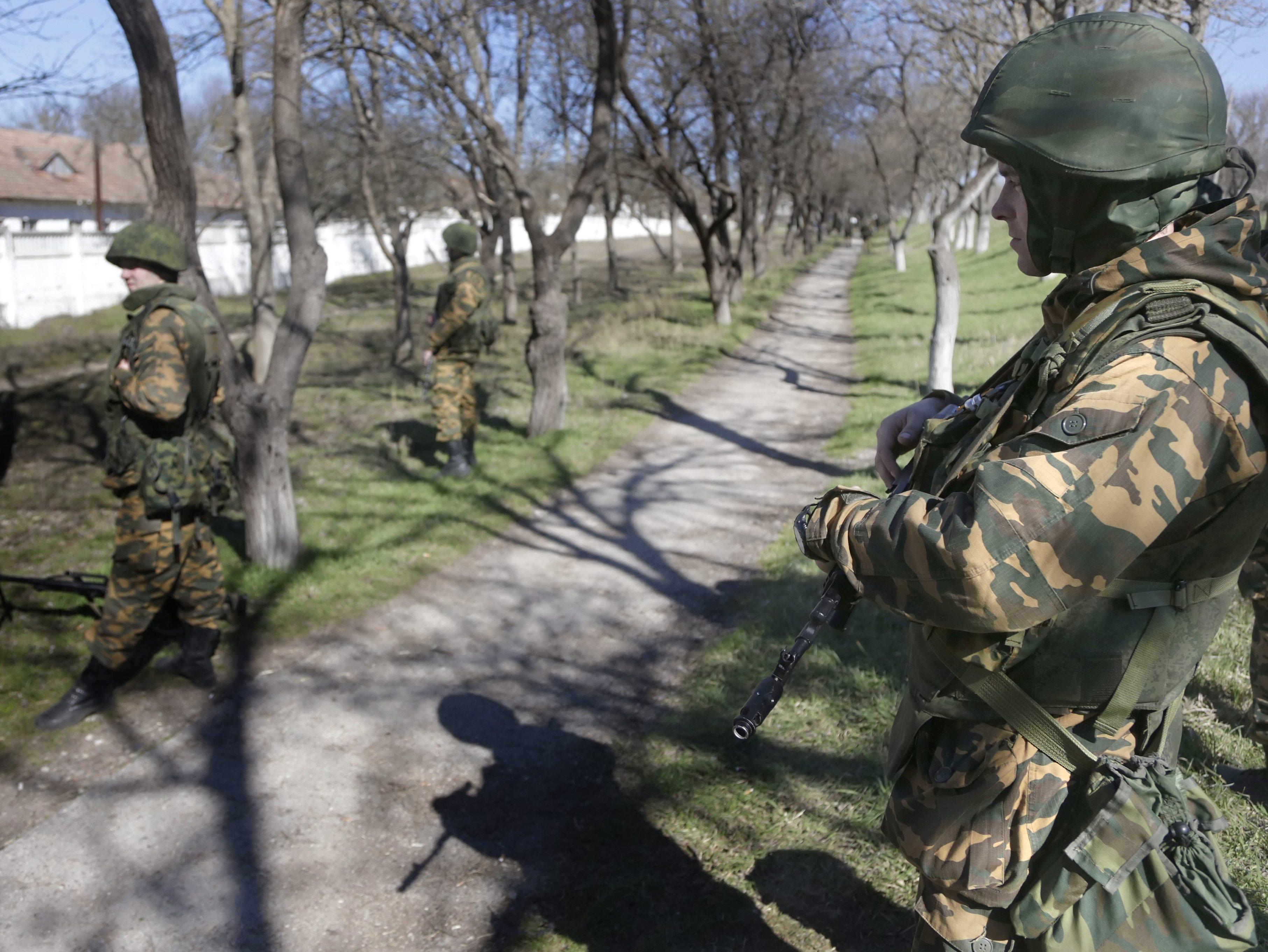 Russia Denies Issuing Ultimatum Or Warning Ukraine Of 'Storm'
