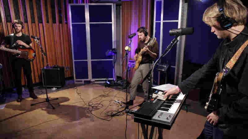 KINS performs live on KCRW.
