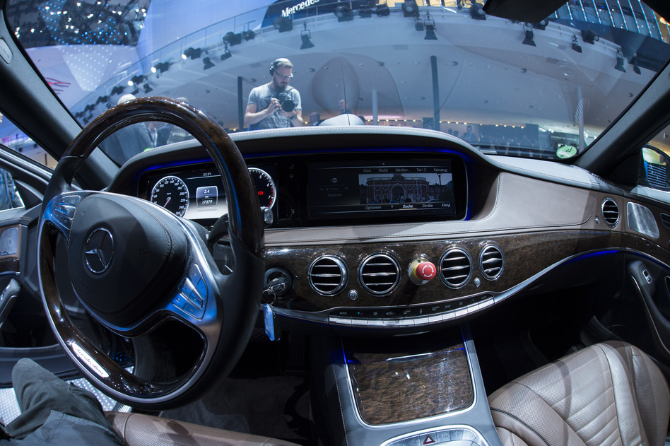 Mercedes' S500 Intelligent Drive is one traditional carmaker's approach to driverless cars.