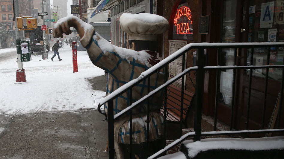 It's too cold to eat out. (Getty Images)
