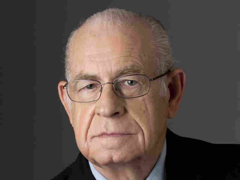 Carl Kasell in 2010.