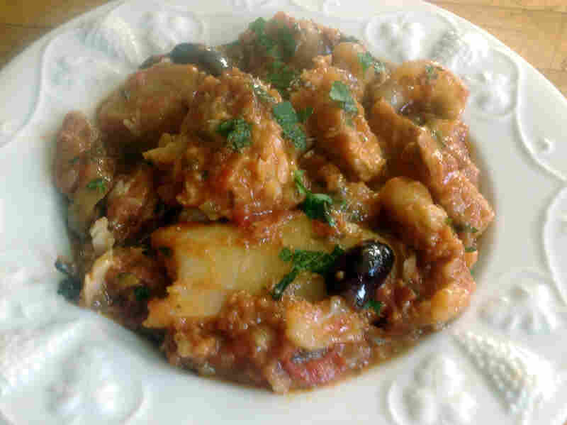 Baccala' Alla Napoletana (Salt Cod With Potatoes In Tomato Sauce)