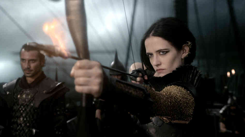 The goth-glam Artemisia (Eva Green) is one of the more memorable characters in 300: Rise of an Empire — and not just because she's commander of the Persian navy.