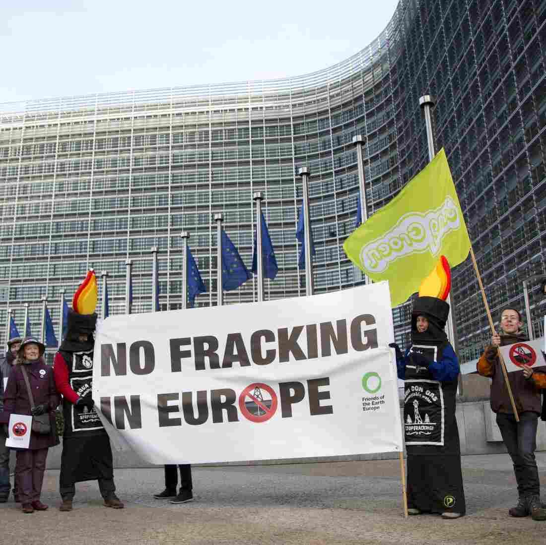 Seeking Energy Independence, Europe Faces Heated Fracking Debate
