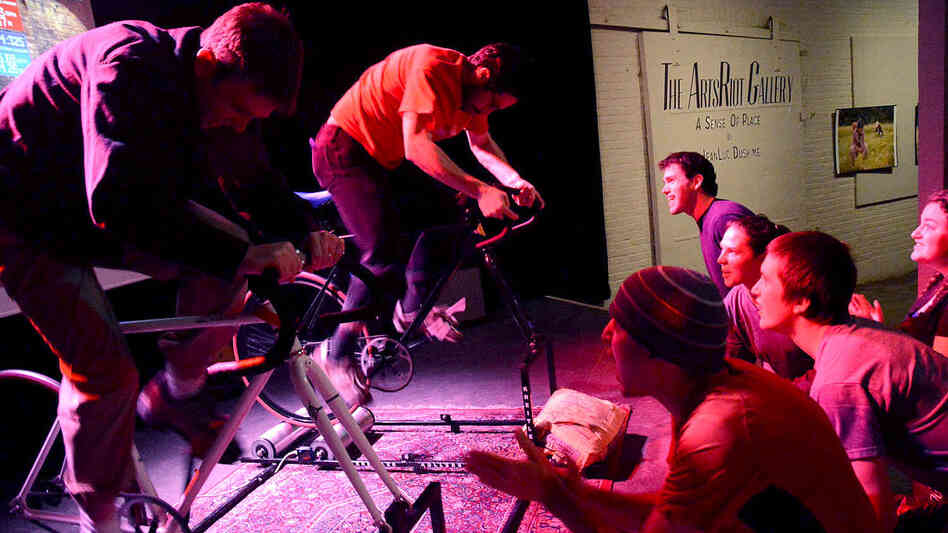 15 Seconds To Nowhere: Goldsprints Bring Bikes To The Bar