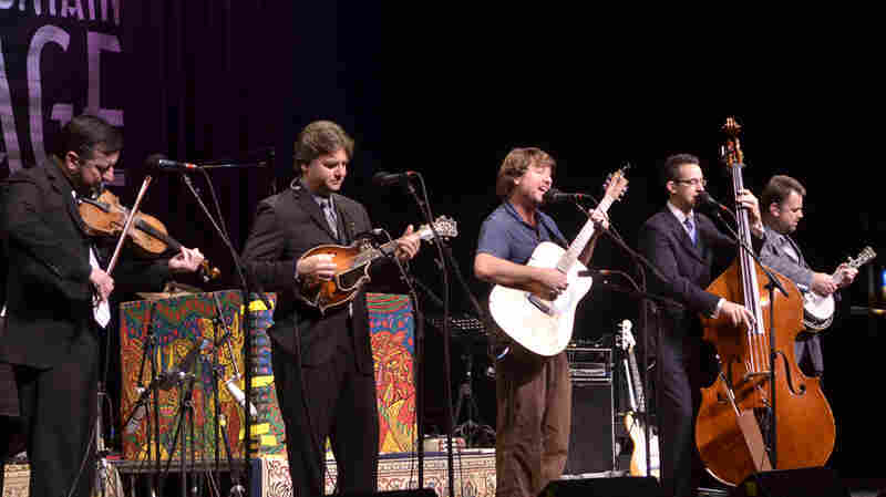 The Travelin' McCourys Featuring Keller Williams