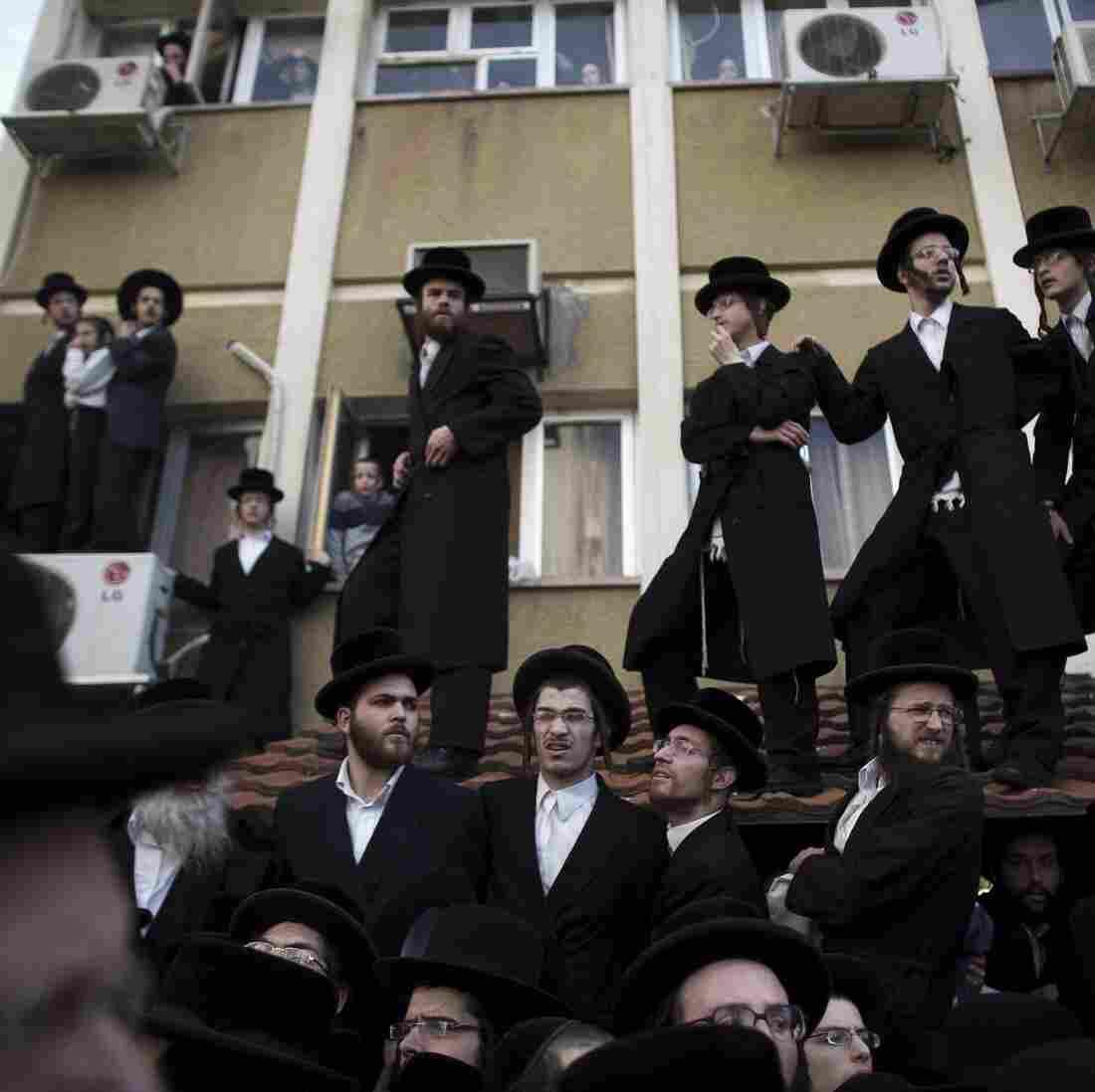 Israel OKs Controversial Law To Conscript Ultra-Orthodox Jews