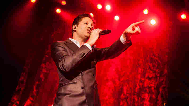Mayer Hawthorne, 'Her Favorite Song' (Live)