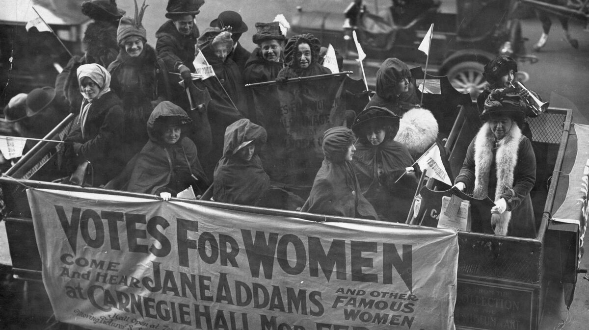 the rise of women from wwi Women in wartime: the rise of the female public servant world wars forced the british state to trust more women in traditionally male careers but has the impact been sustained.
