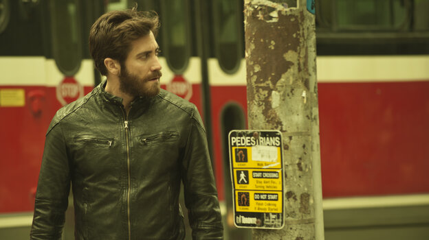 Jake Gyllenhaal acts with stunning control