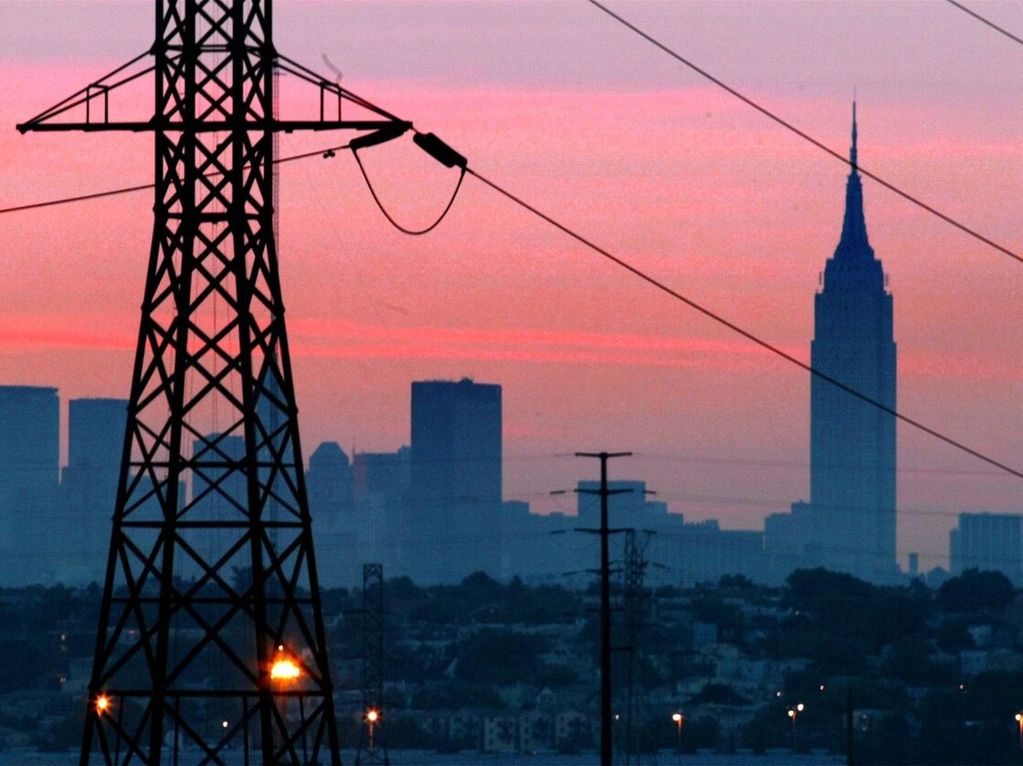 A power outage in August 2003 darkened New York City. A report warns that the national power grid could be knocked out if just a handful of key power stations were sabotaged.