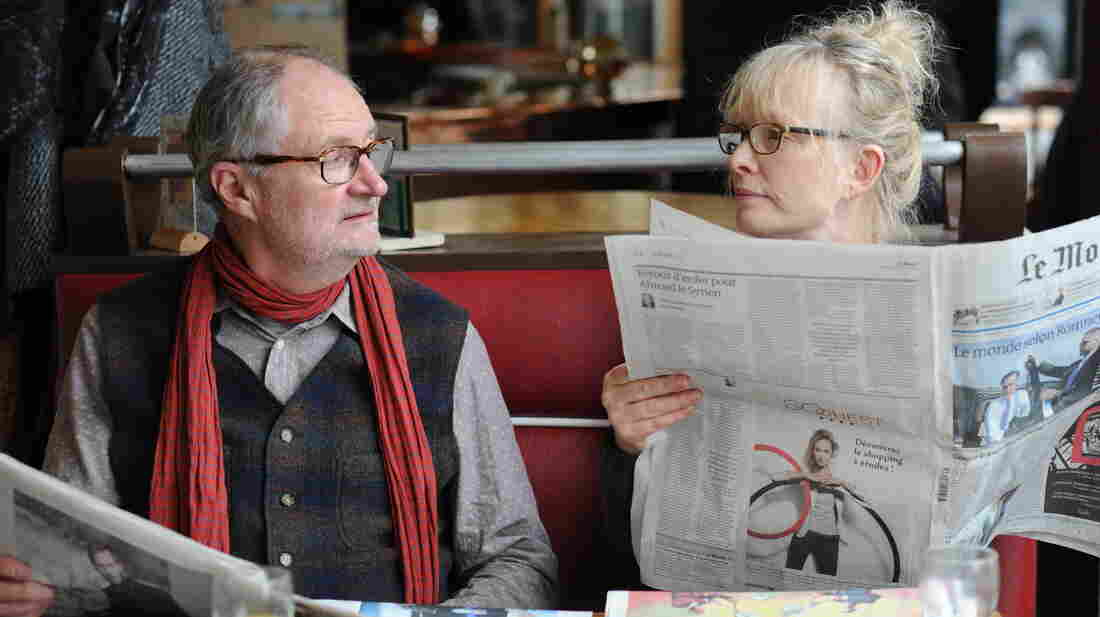 Nick (Jim Broadbent) and Meg (Lindsay Duncan) have a couple days full of tension, tiffs and a touch of romance in Le Week-End.
