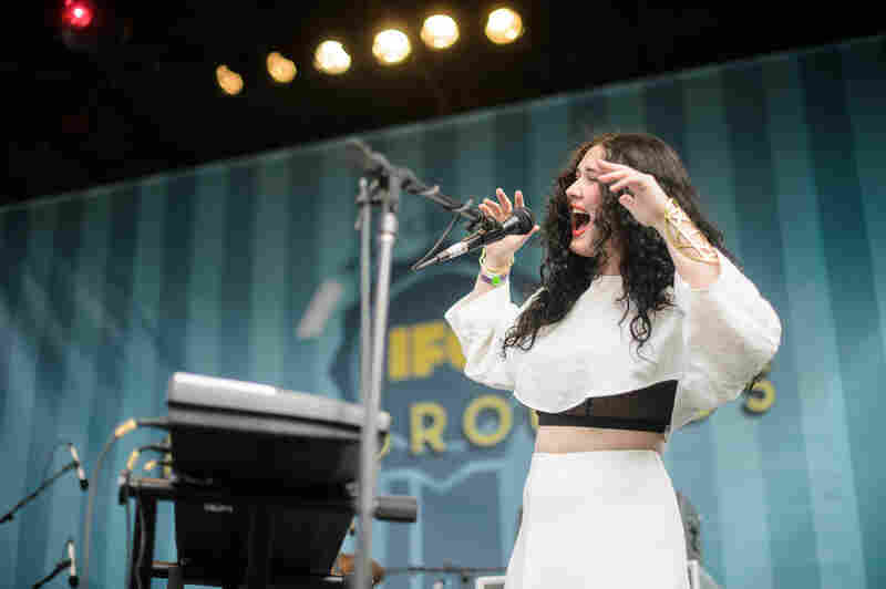 M83's Morgan Kibby led her own project, White Sea, at the IFC Fairgrounds with a powerful, Kate Bush-inspired voice over lush synth-pop.