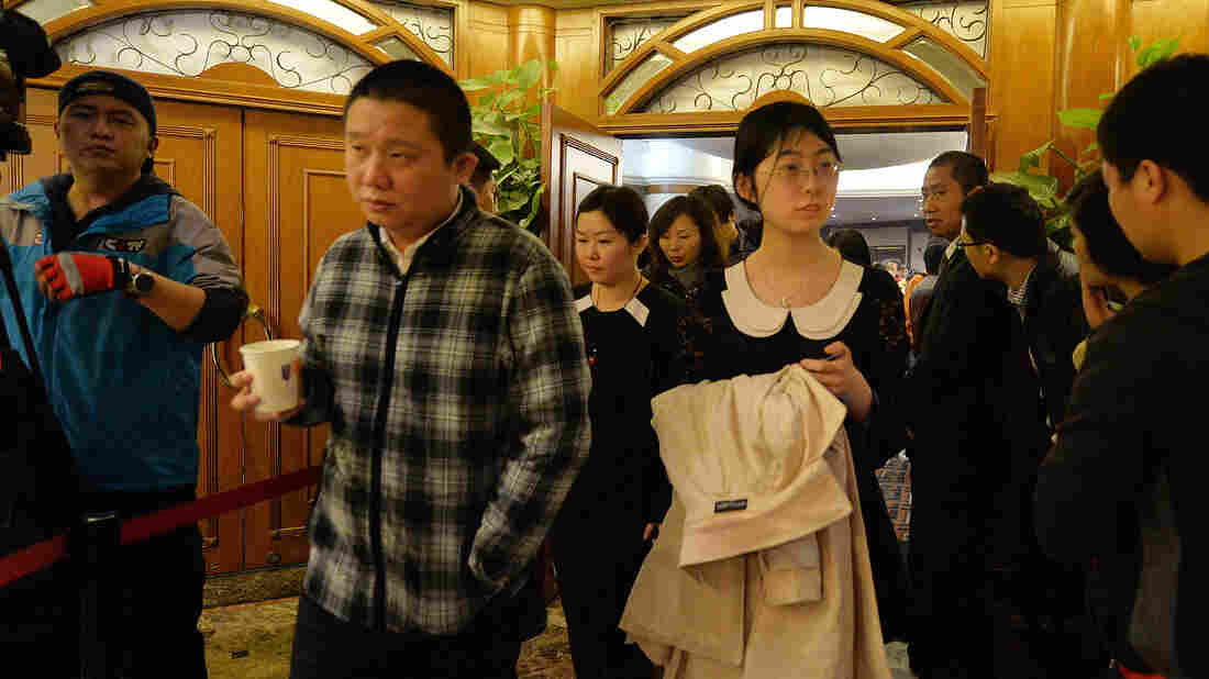 Relatives of Chinese passengers from the missi