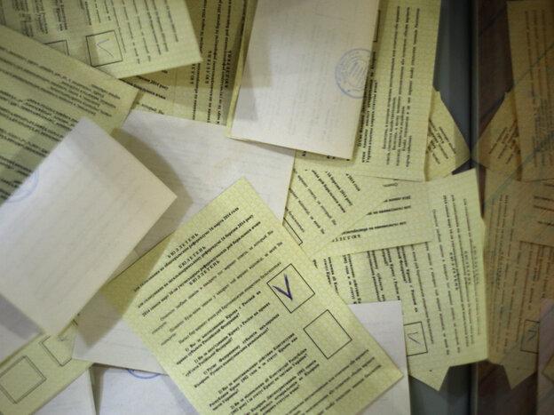 A pile of the votes cast Sunday in Simferopol, Ukraine, the regional capital of Crimea.