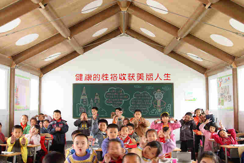 Inside Chengdu's temporary Hualin Elementary School.