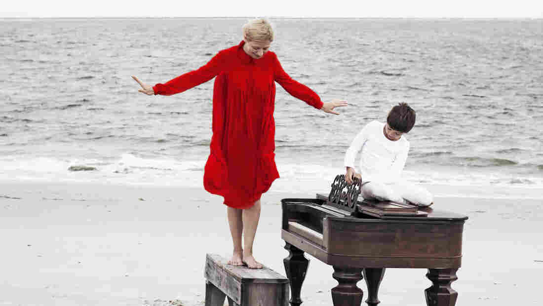 Valentina Lisitsa's new Chasing Pianos features Michael Nyman's music for the Oscar-winning film The Piano.