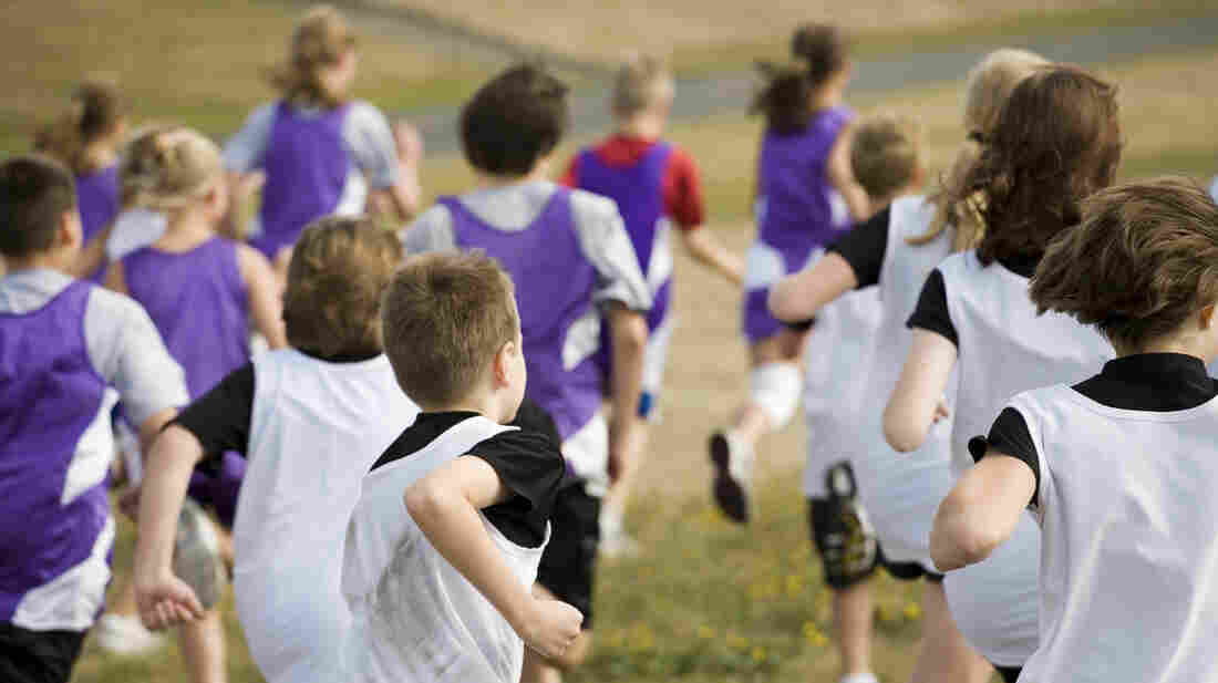 Getting kids to exercise regularly and eat right can reduce their risk of heart disease down the road.