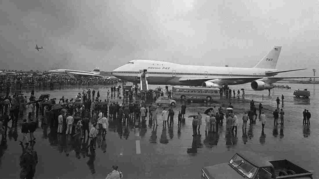 A Boeing 747 jumbo jet starred  at the Paris Air Show in 1969. Singapore and Japan airlines have now retired their 747 fleets and others plan to follow.