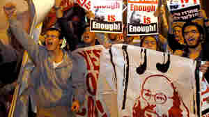 Israeli protesters call for the release of Jonathan Pollard (portraits), a Jewish American w