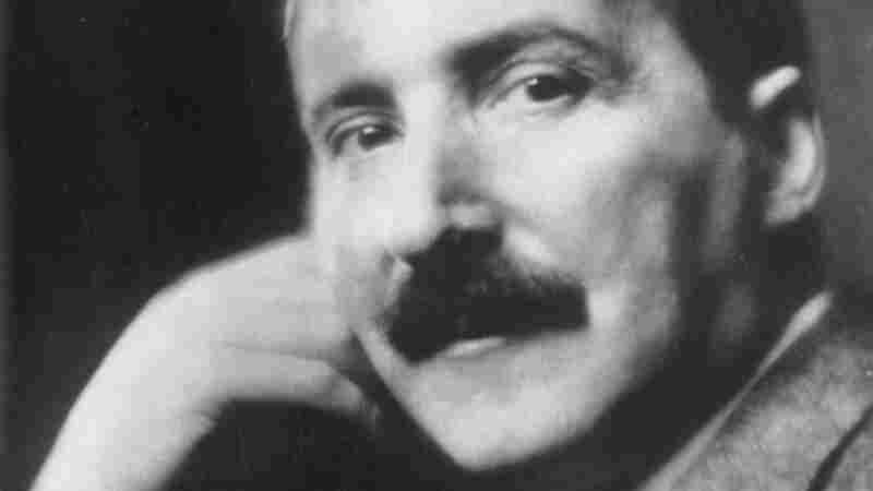 Stefan Zweig was born to a prosperous Jewish family in Vienna. He wrote novels, short stories and biographies.