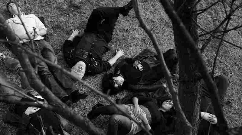 Jon Langford with Skull Orchard.