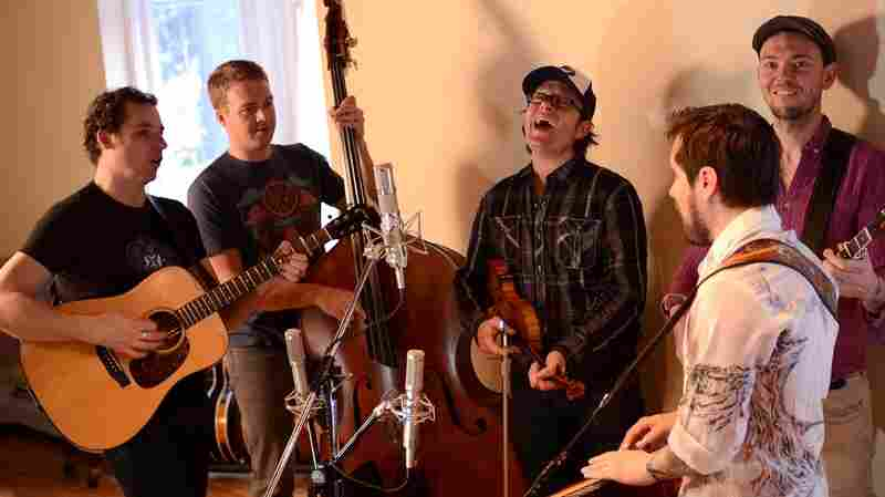 Folk Alley Presents: The Infamous Stringdusters, 'I'll Get Away'