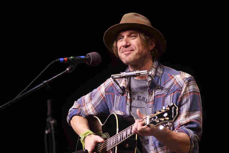 Singer-songwriter Todd Snider returns to Mountain Stage to help celebrate the program's 30th anniversary.