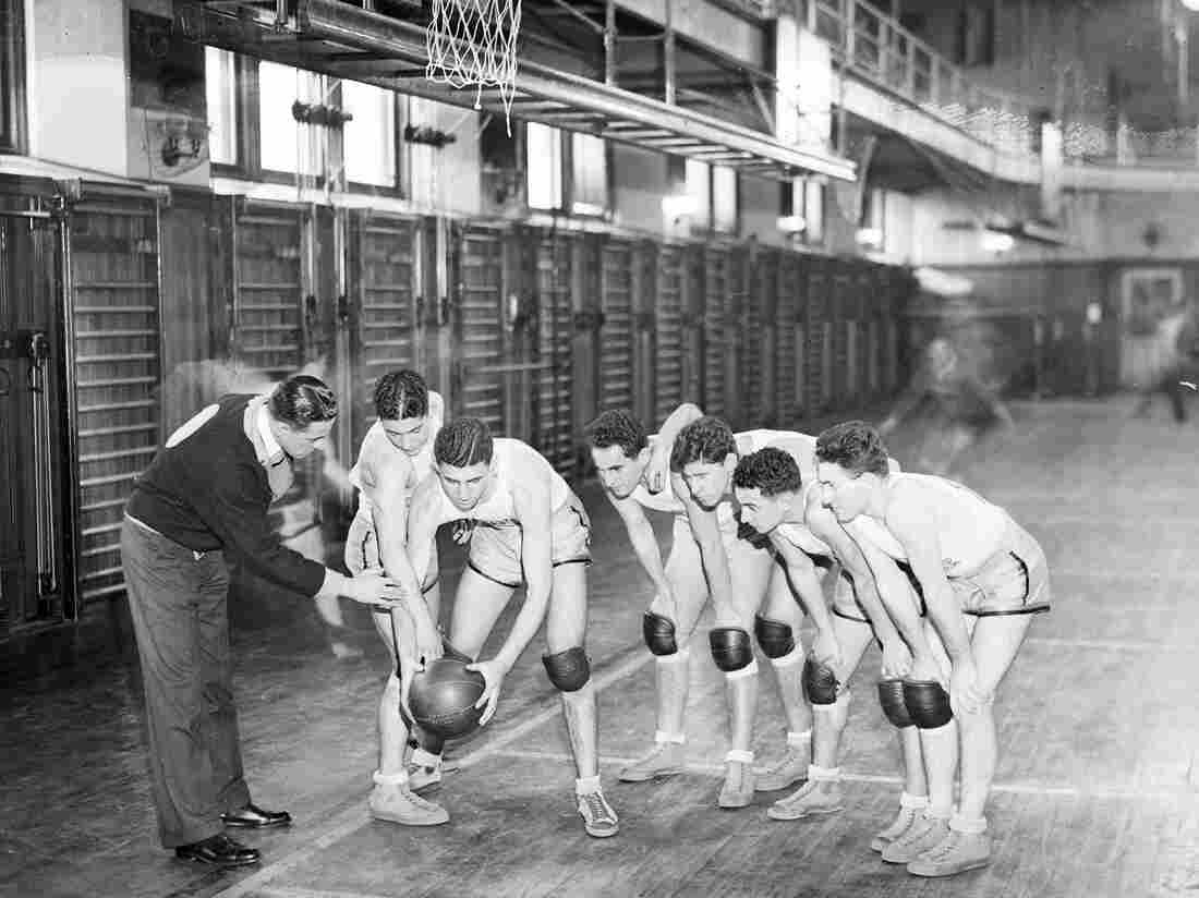 The City College of New York basketball team in 1932.