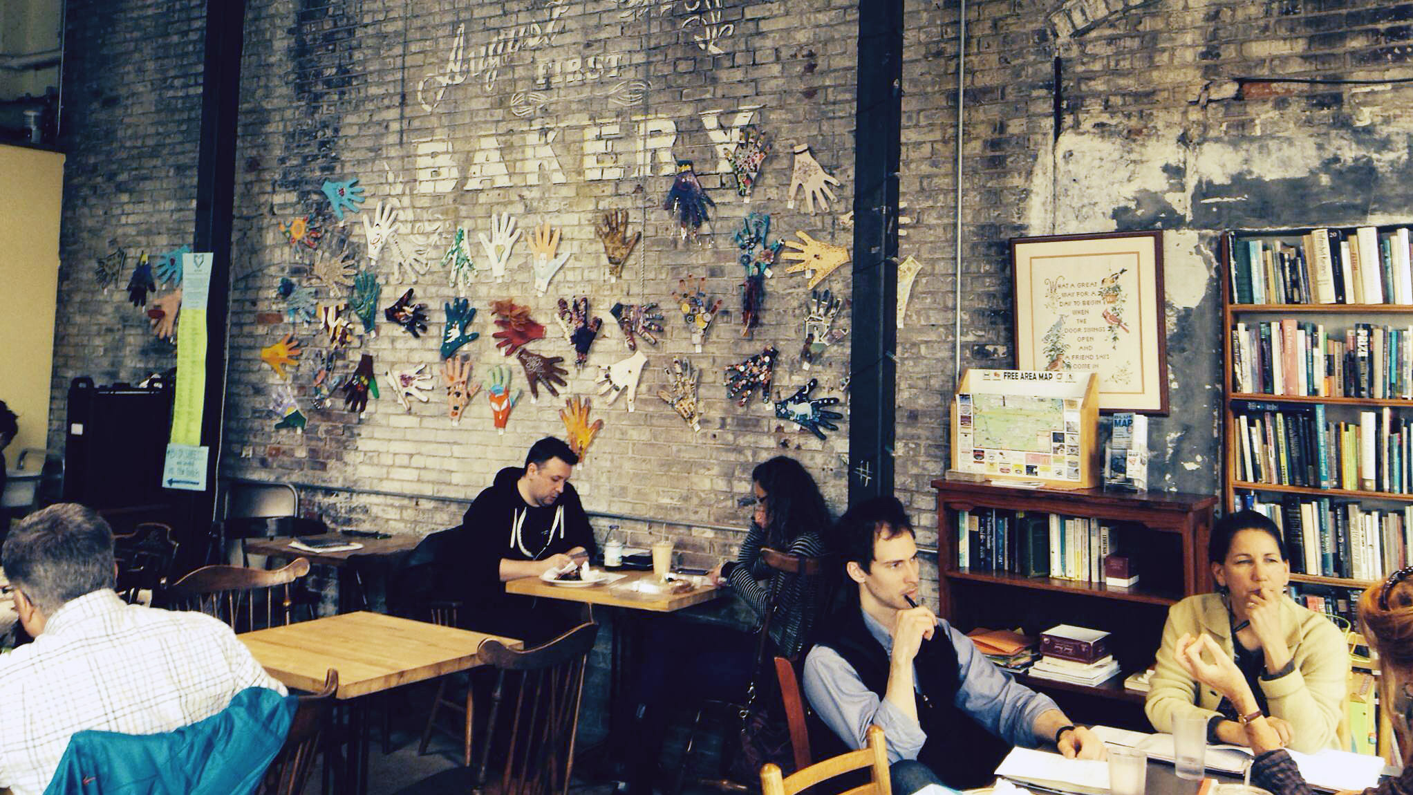 No Laptops, No Wi-Fi: How One Cafe Fired Up Sales