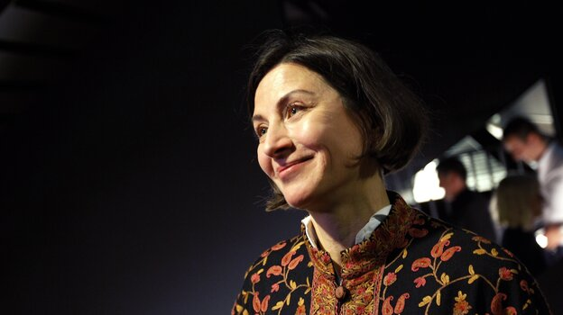 Donna Tartt reads from her novel The Goldfinch at the world book launch in September 2013 in Amsterdam.