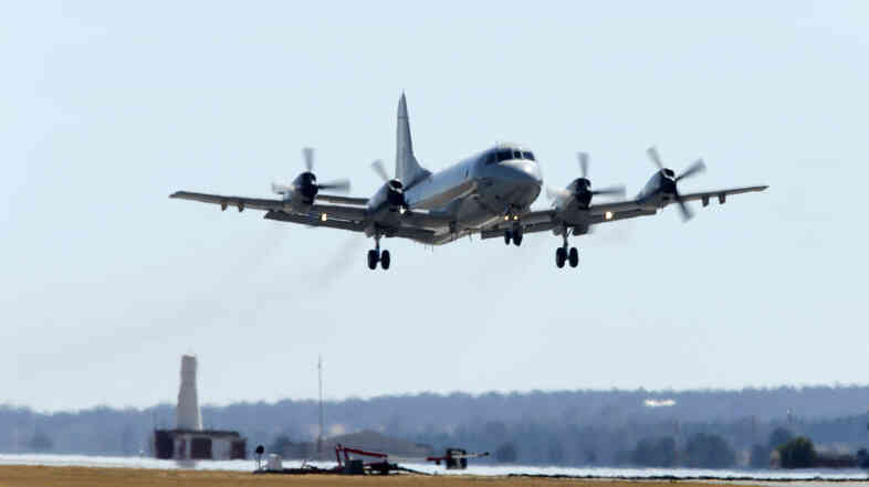 A Republic of Korea P-3 Orion aircraft takes off from the Royal Australian Air Force (RAAF) Base Pearce during the search for the missing Malaysia Airlines jet near Perth late last month.