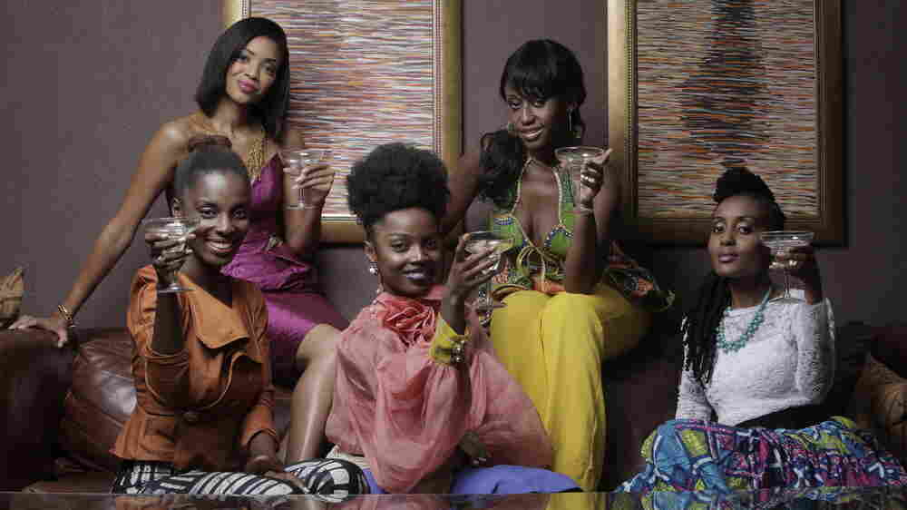 An African City follows the adventures of Ghanaian returnees Nana Yaa and her friends.