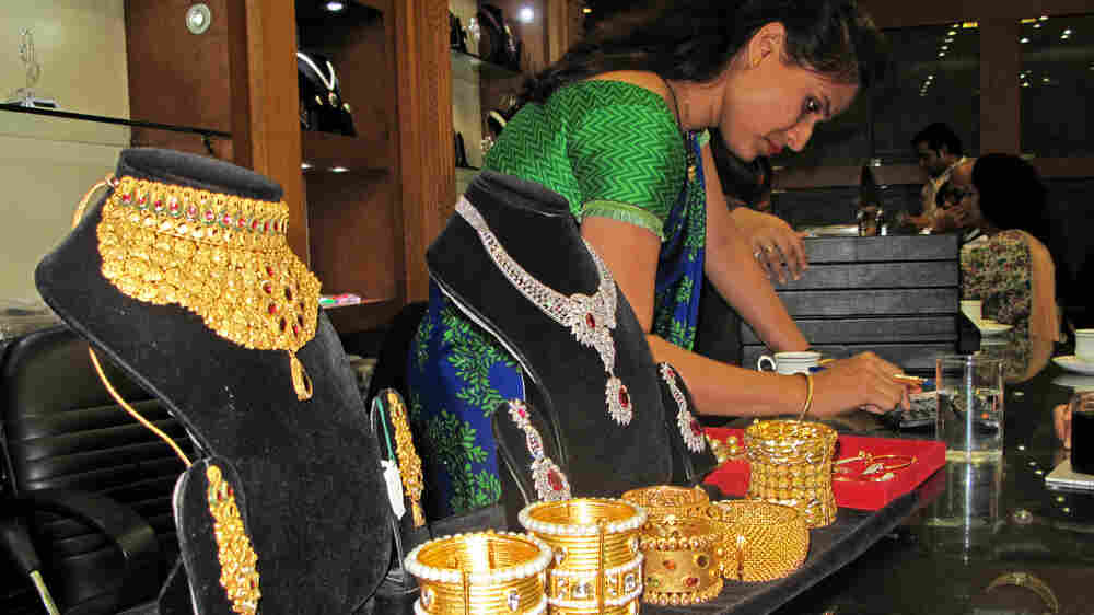 A Gold Obsession Pays Dividends For Indian Women
