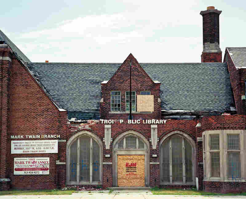Mark Twain Branch Library in Detroit (2011)