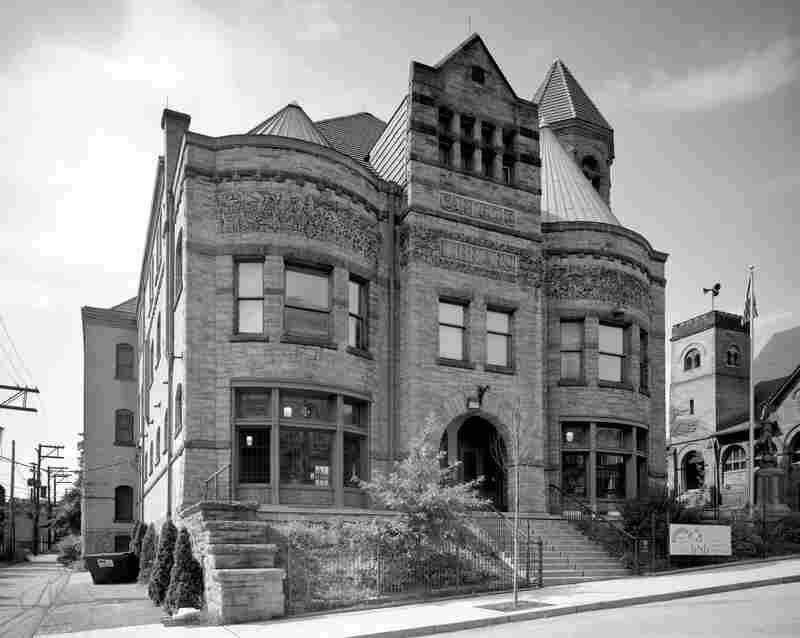 Braddock Carnegie Library, aka First Carnegie Library, in Braddock, Pa. (2011)