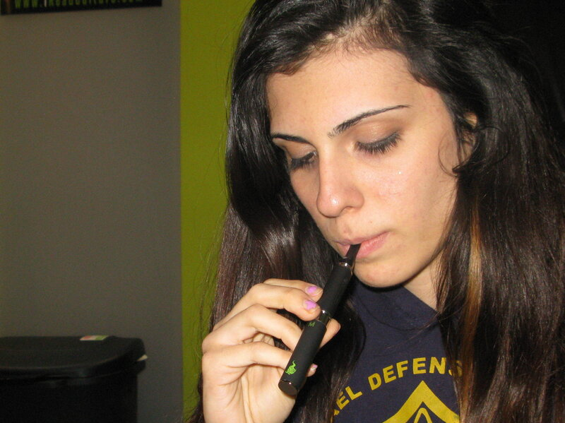 Pot Smoke And Mirrors Vaporizer Pens Hide Marijuana Use Shots